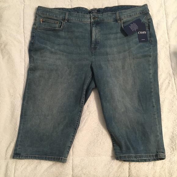 8fda3ef5740 Women s Capri Jeans. NWT. Chaps